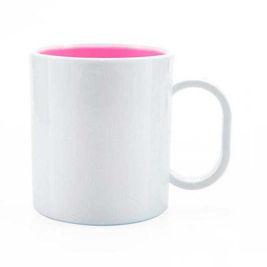 caneca-de-plastico-branco-fundo-rosa
