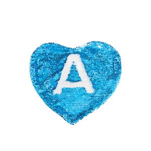 Capa-de-Almofada-Coracao-Azul-Claro-1